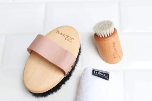 Beauty Brushes Lois Lee
